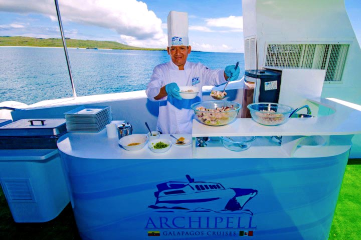 Chef in Archipell II cruise in Galapagos
