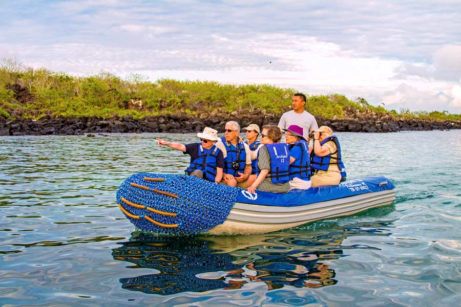 Activities in archipell II cruise galapagos