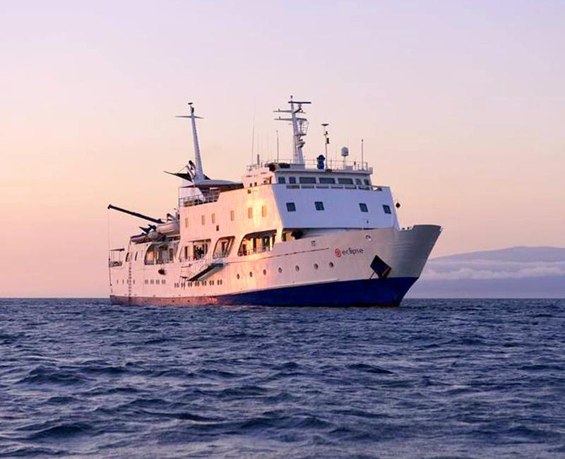 Celebrity xperience cruise luxury in galapagos 2019