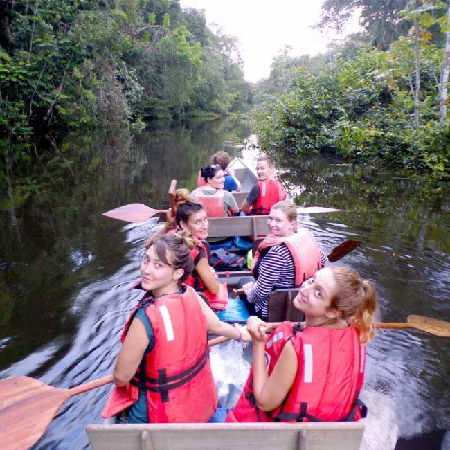 Canoeing in Cuyabeno wildlife reserve amazonas 2019