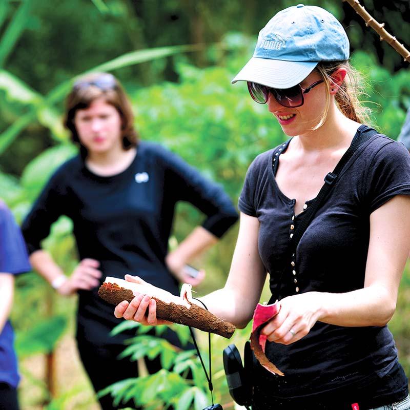 Ancestral cooking in Jamu lodge cuyabeno reserve rainforest ecuador