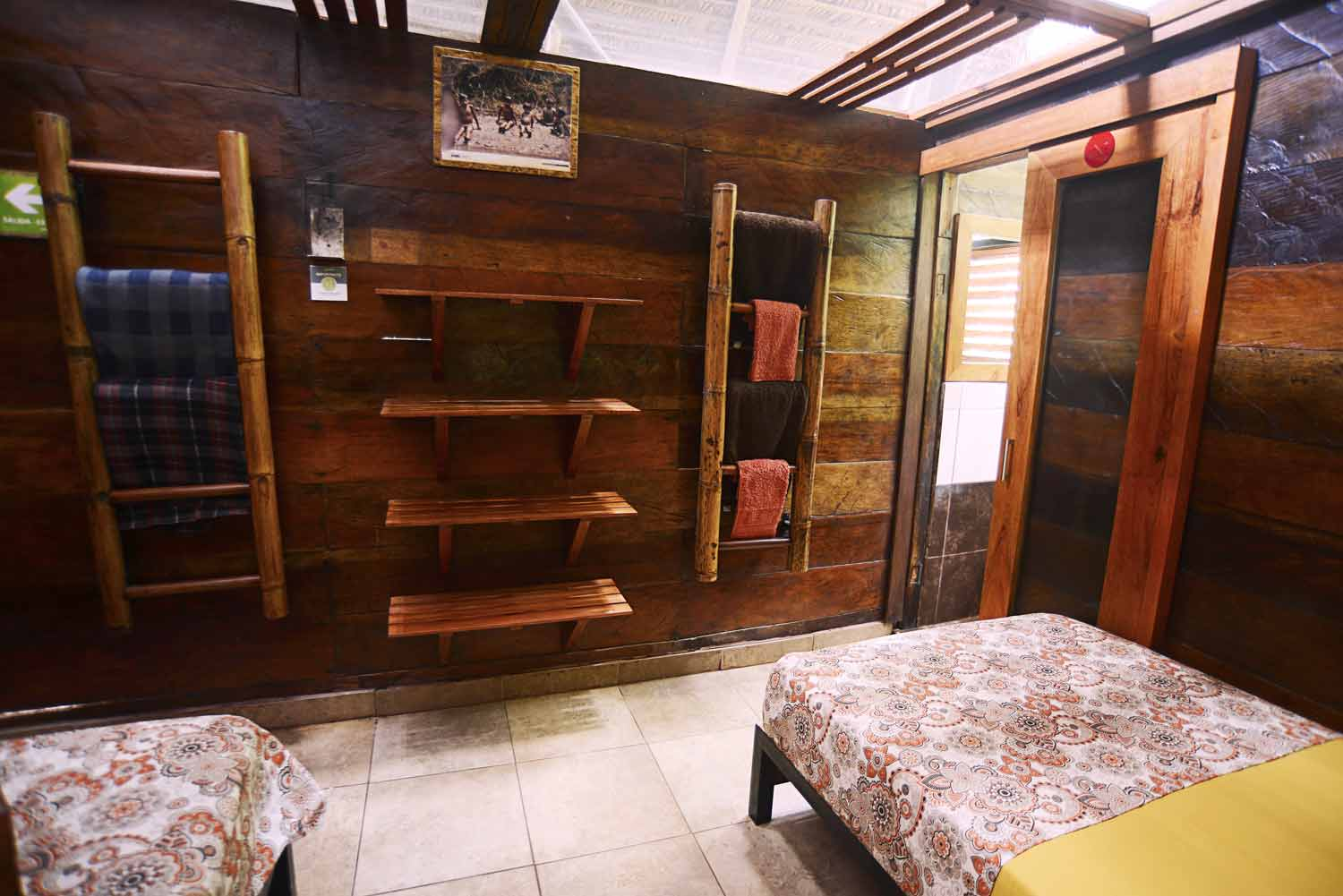 room with two beds in jamu lodge amazonas