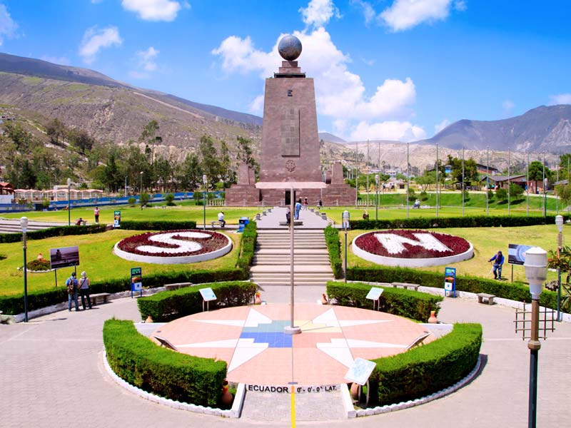 Mitad del mundo city panoramic view