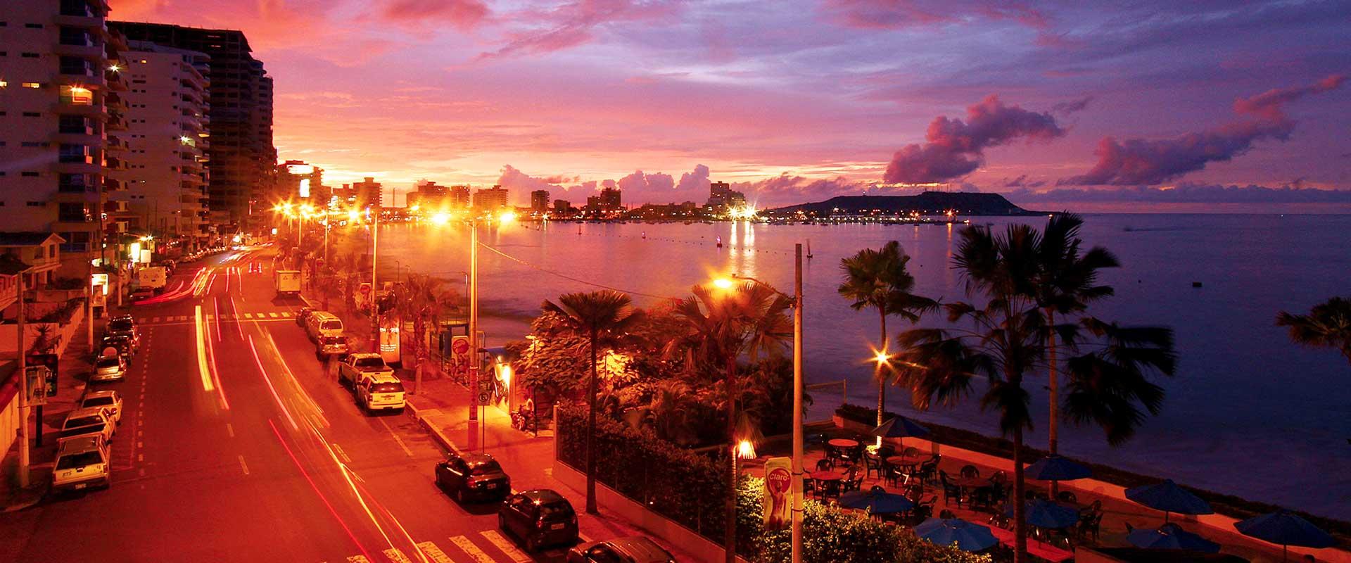 Salinas beach sunset Ecuador responsible travel 2019
