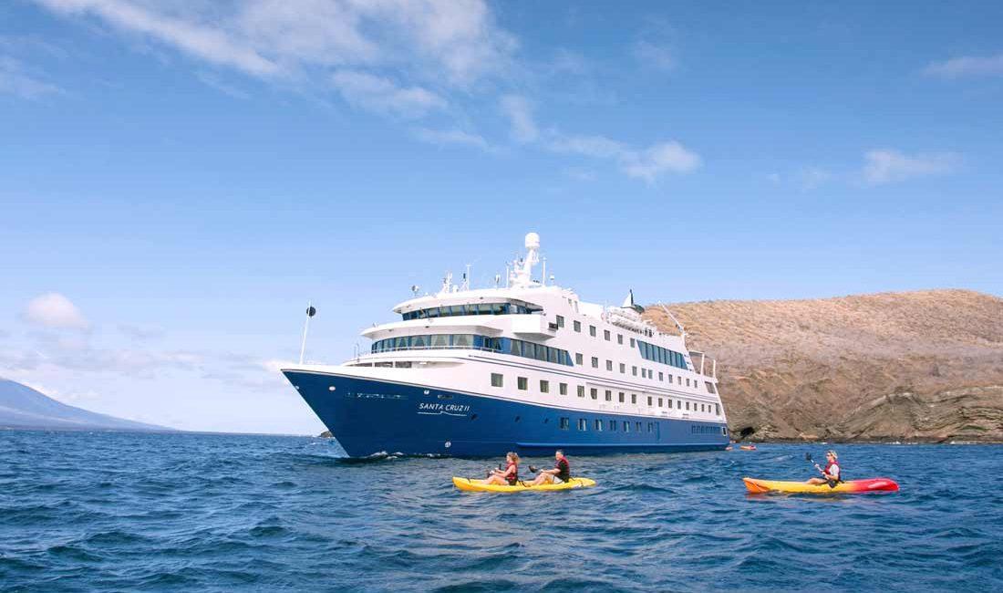 Santa Cruz II photo 1st class cruise in galapagos