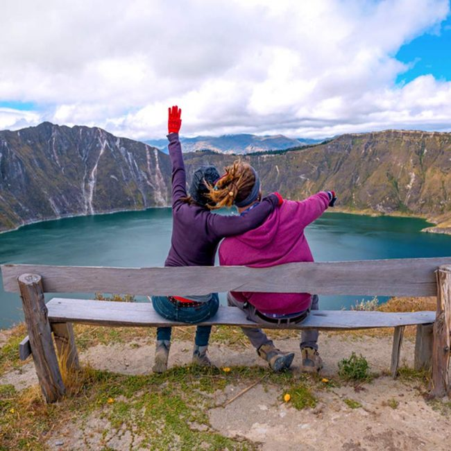 Tourists in Quilotoa lagoon near Quito 2019