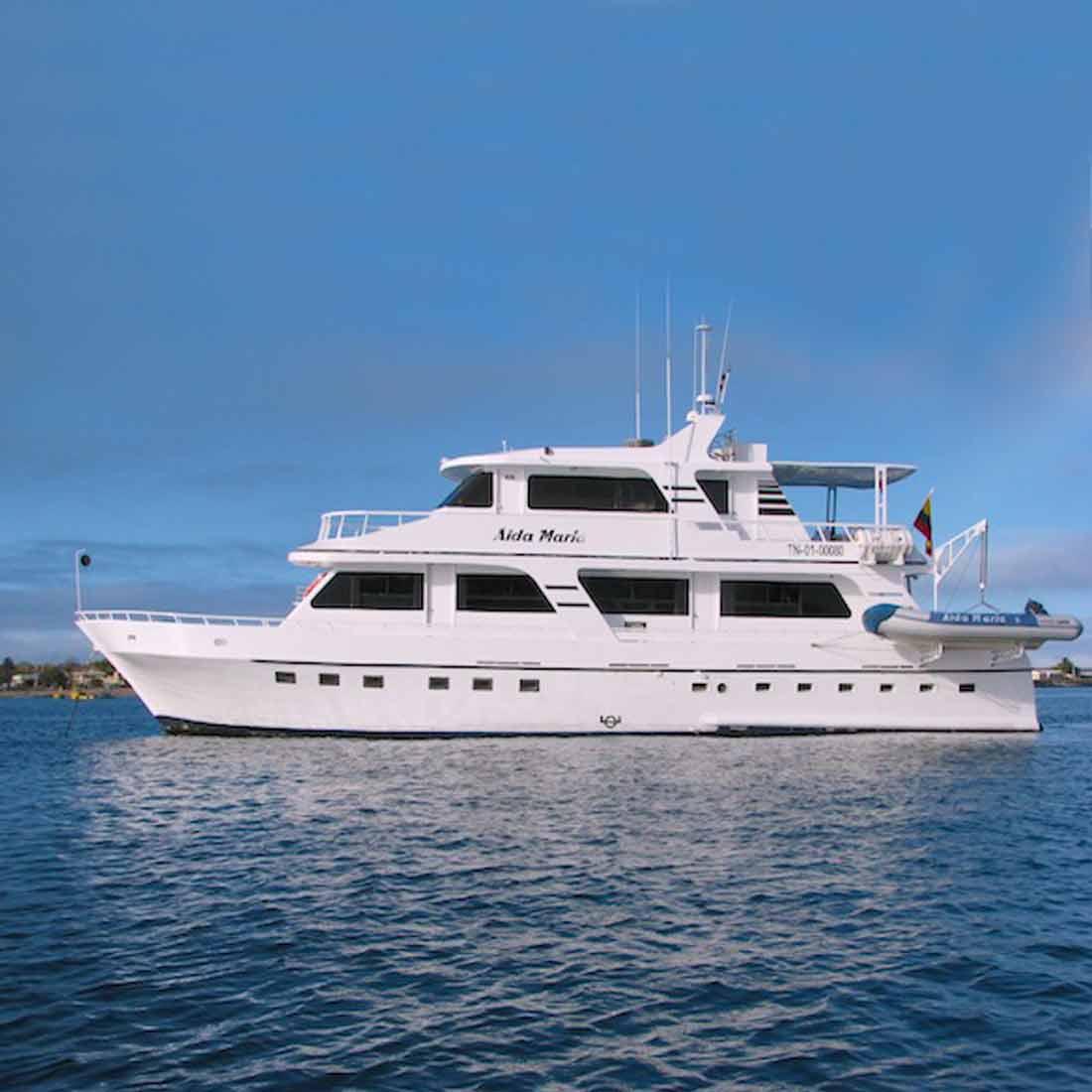 Aida Maria tourist yacht galapagos